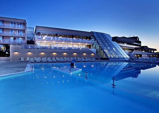 Soggiorno in hotel 4 stelle magnifico in croazia parti for Soggiorno in croazia