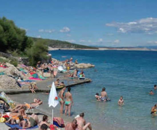 Soggiorno in appartamenti privati nella riviera di silo for Soggiorno in croazia